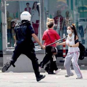 bay intifada turkey police scare girls