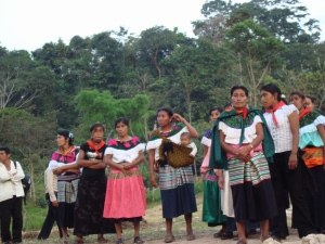 Mujeres de Bachajon. Photo from Radio Zapatista
